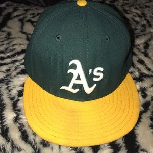 A's size 7 1/2 official field cap 59 fifty new era